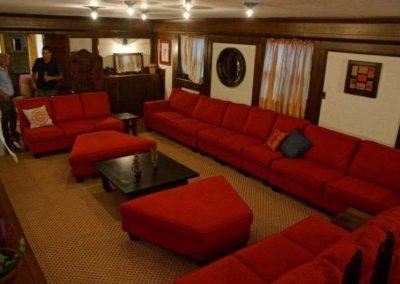 Clonmel Castle Port Dover Hotel Interior