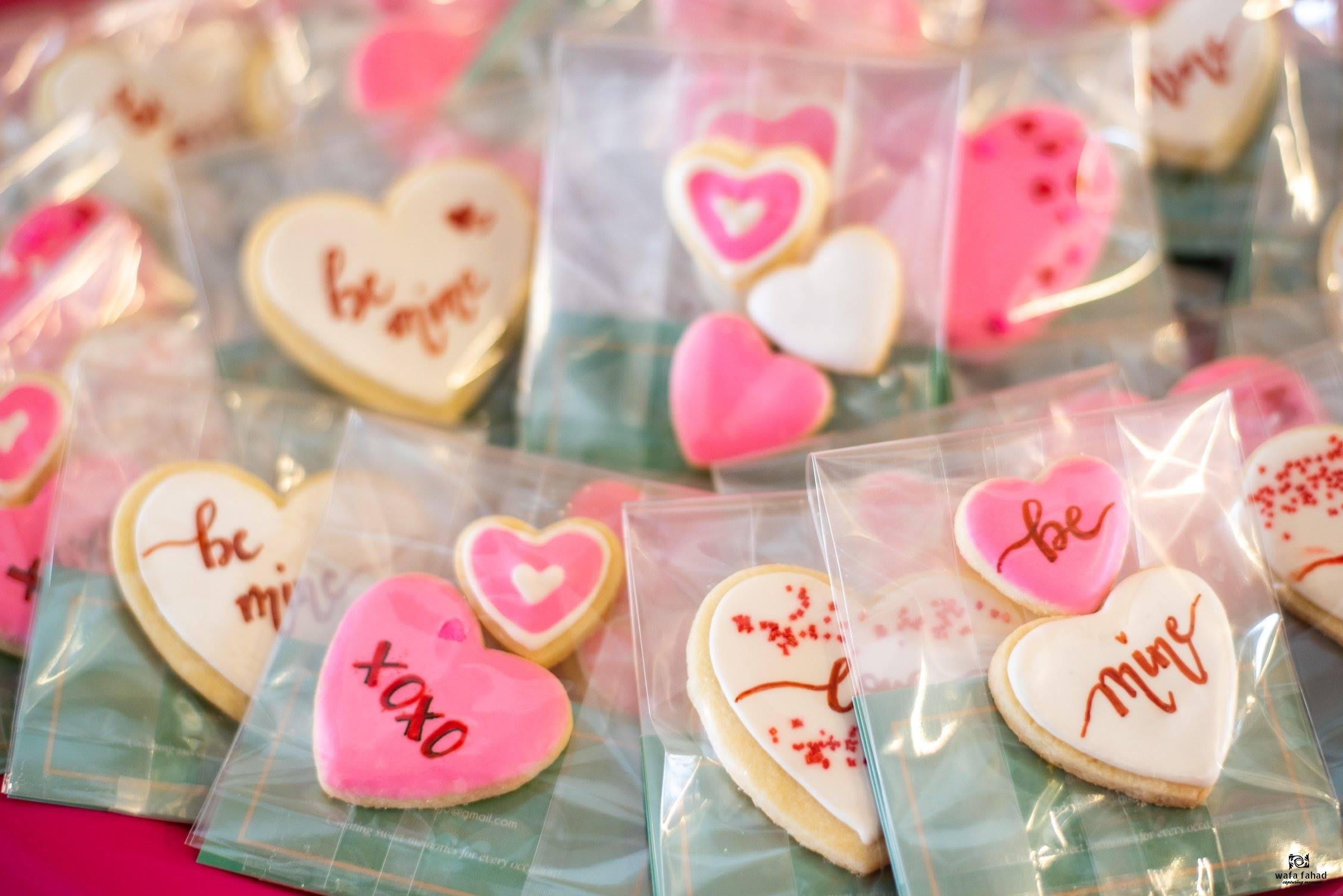 Cookies by: Cake by Sadaf